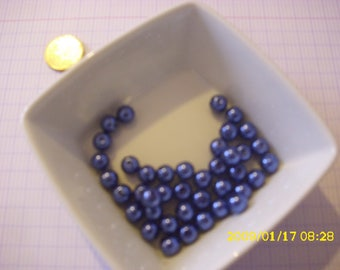 set of 40 Blue Pearl glass beads 8mm dark (hole 1 mm)