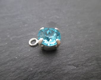 "Pendant with cabochon ""light turquoise"" Swarovski 8 mm"