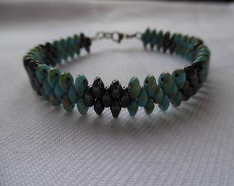 Turquoise bracelet, hematite. Steel finishes.