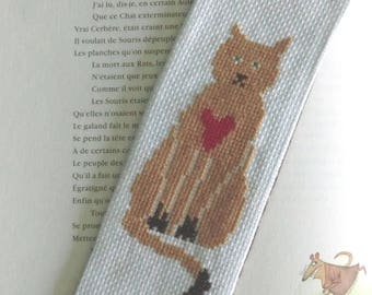 Bookmark Brown cat sitting in the heart 7cm X 20 cm back cotton fabric hand embroidered