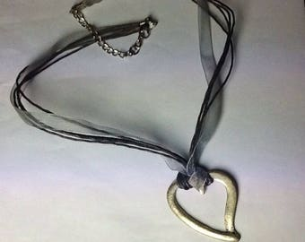 Stylized silver heart Choker necklace