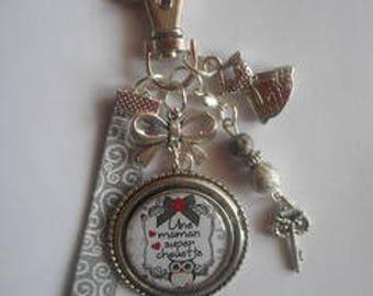 "Bag charm, door keys/MOM / ""A super cool MOM"" / gift/mothers day / thanks/Christmas/birthday"