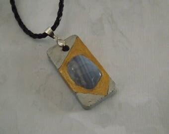 Calcédoine bleue -  Pendentif réalisé en béton - Nouvelle collection créative