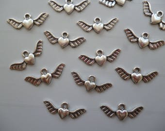 5 silver metal winged heart charm