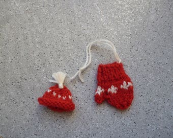 Set of mitten and miniature Hat handmade knit, hanging Christmas, Christmas ornament, knit, wool.