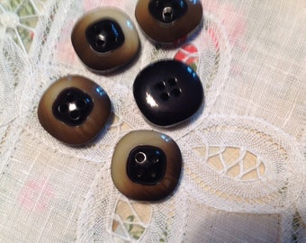 Set of five vintage buttons, late 20 century
