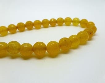 8 round yellow dyed jade beads faceted 8mm (1 USPJ09)
