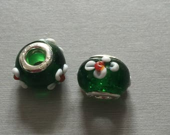 dark green glass bead