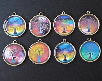 8 pendants diameter 2.5 cm tree of life resin cabochons