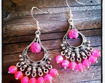 Silver earrings and neon pink glass beads / neon pink bead
