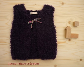 Purple donkey vest (2 years/24 months) for girl. Hand made wool fancy