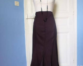 Long brown skirt with 8 sections, size 38/40