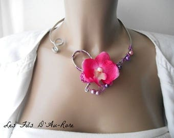 """RAVENA"" necklace with small fuchsia Orchid"