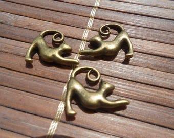 Set of 3 cats Bronze pendants
