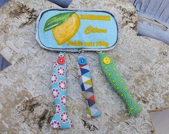 "Textile brooch ""lemon sardine box"""