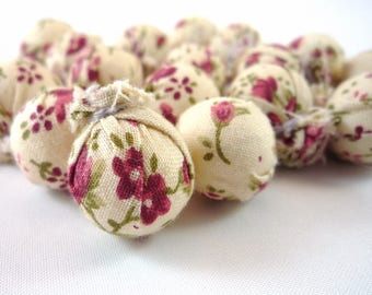 10 beads in floral fabric, 17mm (pt15)