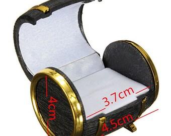Box ring box box earrings jewelry 4.5X4X3.7CM within 15 days