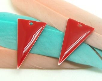 Set of 2 sequin red enamel Triangles - 22 * 13 mm