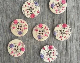 Promo: Mixed Lot of 7 wooden buttons, flowers, 30 mm / / ID no. 39