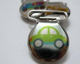 Pacifier clip-green car