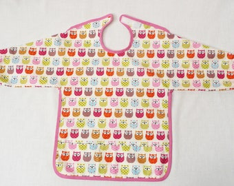 Sleeves in laminated cotton baby bib