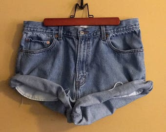 Blue high waist Levis shorts size Large