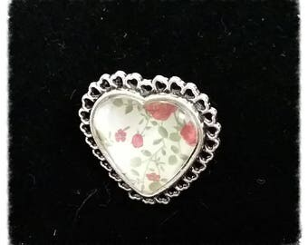 Heart shaped, floral glass cabochon ring