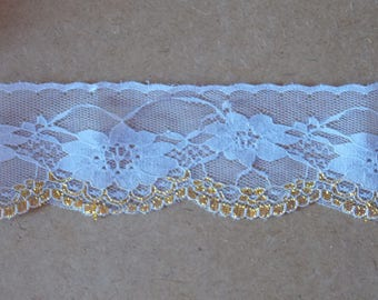 1 meter of pretty lace large flower white and Gold Ribbon 70mm