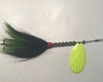 Chartreuse and Black #9 Musky Bucktail