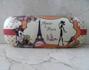 Paris couture vintage glasses case