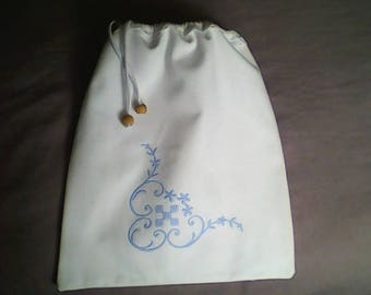 White blue embroidered cotton tote bag