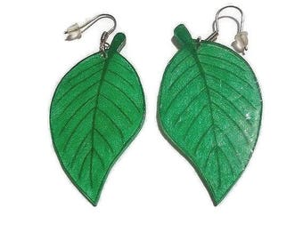 Earrings green leaf