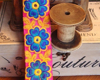 Nomadic embroideries flowers 4.5 cm