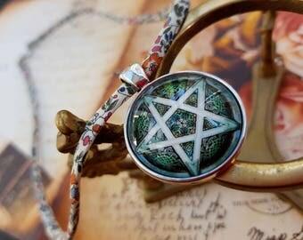 Cabochon Pentagram necklace