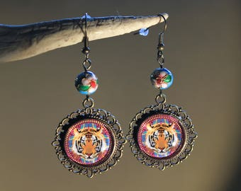 "Earrings ""Tiger"" retro, Bollywood costume, India"