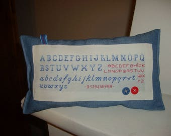 cushion for learning to read letters