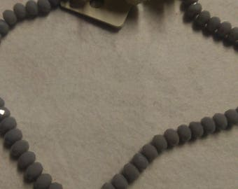 Set of 60 grey 6mm beads