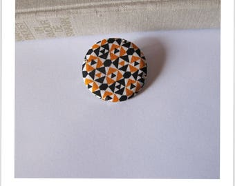 "Fabric pin badge ""skewer me"""