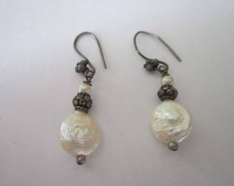 Retro Vintage Sterling Silver & Real Pearl Dangle Pierced Earrings Pretty