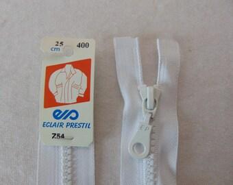 Zipper, molded, white (Z54 400)
