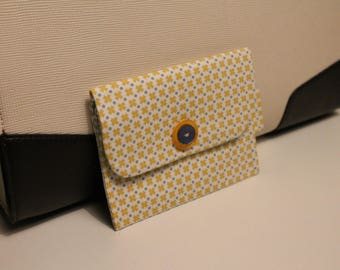 Small purse yellow and blue with pattern