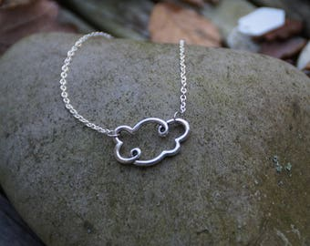 (Chain) necklace with a cloud