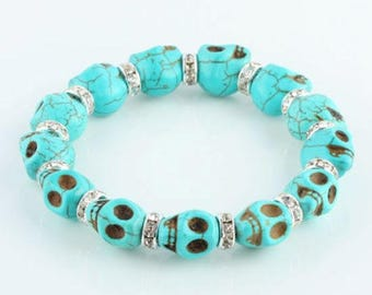 Beautiful bracelet with turquoise bead and Crystal