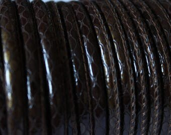 Faux leather look snake, Brown 4 mm, 1 m cord
