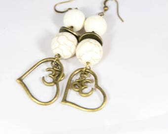 beautiful bronze metal and crackled white howlite stone earring