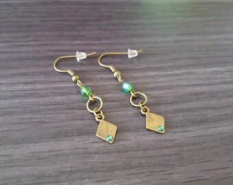 Green diamond earring