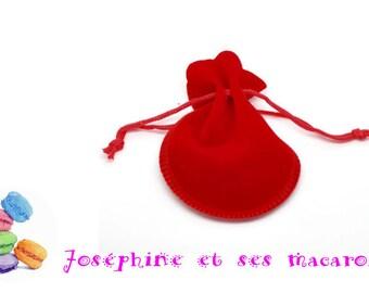 1 bag Velvet red 9cm x 7.5 cm