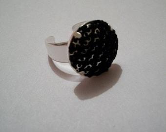 FishNet pattern black unique ring