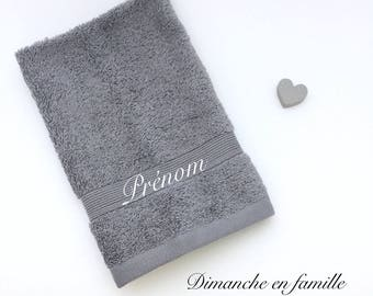 "Guest Towel ""custom"" family Sunday"