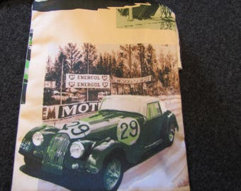 Case of arrangement with pattern British sports cars Morgan by deco cars
